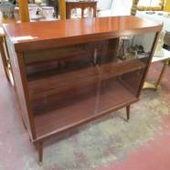 SALE! vintage mid century modern mahogany laminate bookcase c. 1960 – $95
