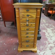 Sale! Vintage antique oak jewelry chest – $145