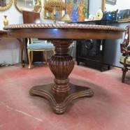 Vintage antique mahogany round pedestal dining table c. 1900 – $1150