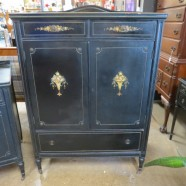 Vintage antique shabby chic chest of drawers/armoire – $395