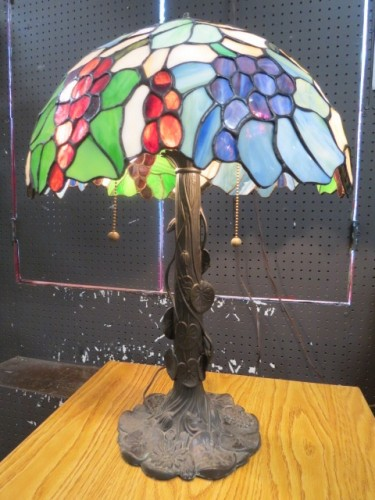 SALE! Vintage style stained glass floral & grapes lamp – $150