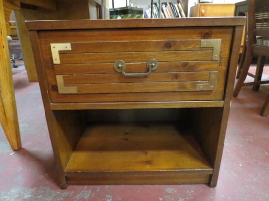 SALE! Vintage mid-century modern Bassett walnut campaign nightstand – $75