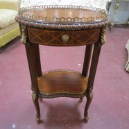 Vintage antique style Maitland Smith 2 tier burled walnut lamp table – $225