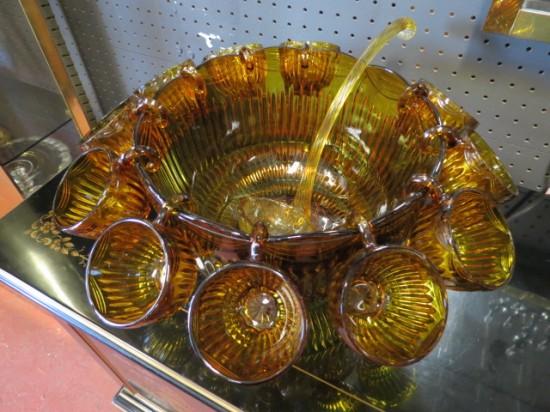 SALE! Vintage mid-century modern gold glass punch bowl set – $75