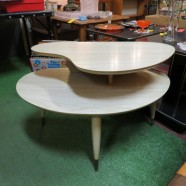 Vintage Mid Century Modern Blonde 2 Tier Kidney Shaped Table – $100