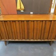 Vintage Mid Century Modern Lane Walnut 4 Door Credenza – $595
