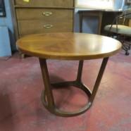 Vintage Mid Century Modern Lane Walnut Round Coffee Table/Side Table – $225