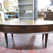 Vintage Mid Century Modern Walnut Oval Coffee Table – $250