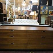 Vintage Mid Century Modern Glenn of California Walnut Credenza/Dresser – $595