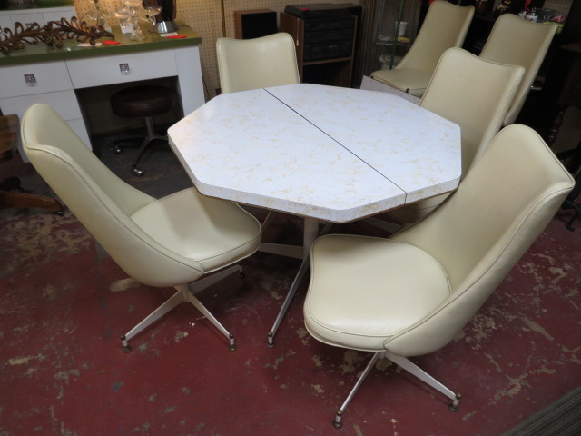 Vintage Mid Century Modern Table And 6 Chairs Kitchen Dining Set 245 For The Set