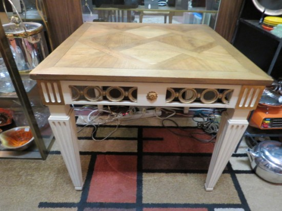 Vintage Antique Baker French Style Neoclassical End Table – $225
