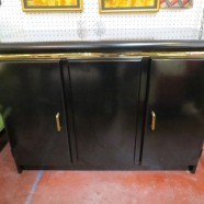 Vintage Mid Century Modern Broyhill Black Lacquer and Brass 2 Door Small Credenza – $275