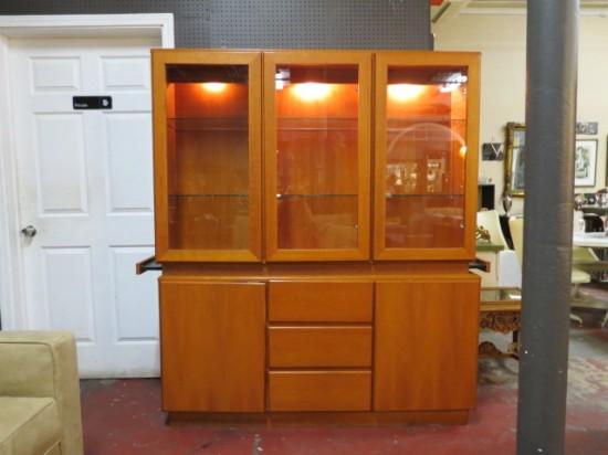 Vintage Mid Century Danish Teak China Cabinet/Display Cabinet – $595